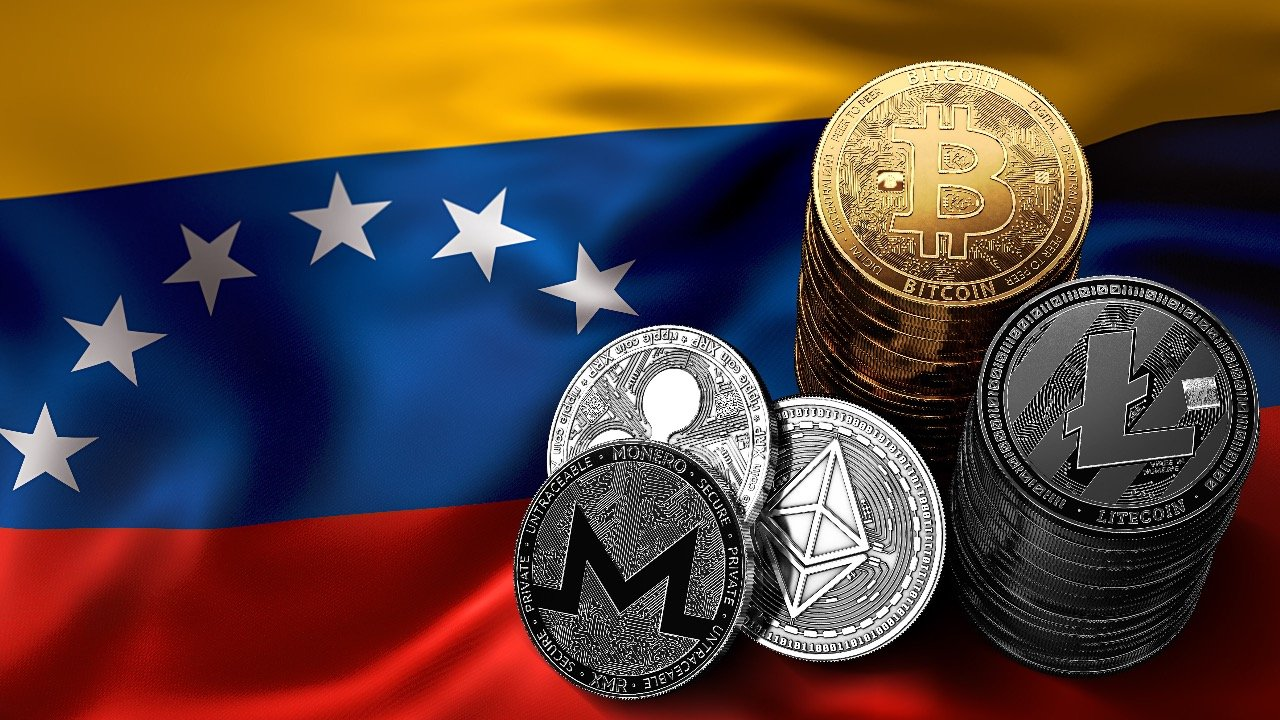 Venezuela opens doors for the Dollar. Is this the end for Bitcoin?