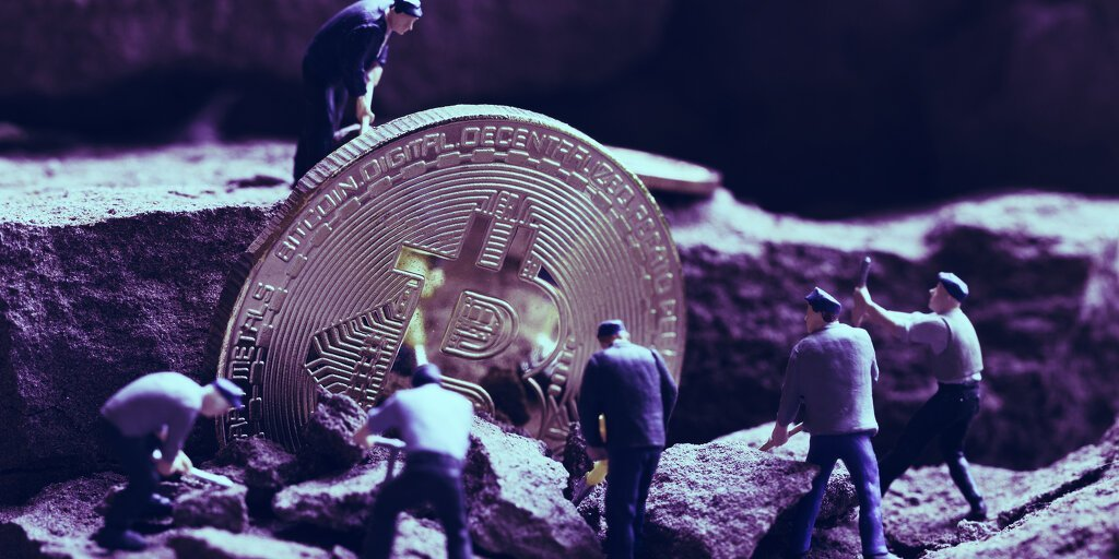 Bitcoin miners earn $52.3M for a day