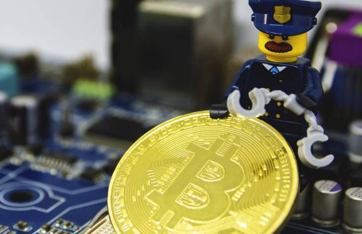 India criminalizes Bitcoin trading, moves to squash cryptocurrencies