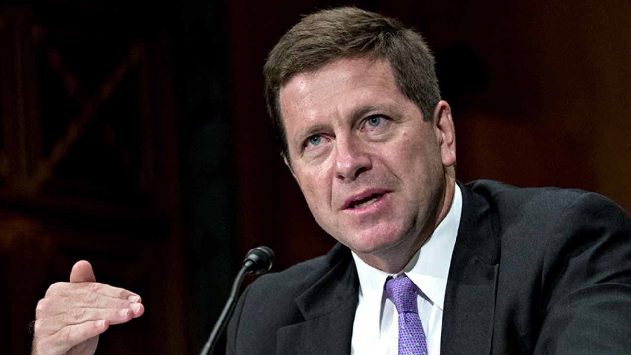 Former SEC head is advising the latest Bitcoin ETF contender